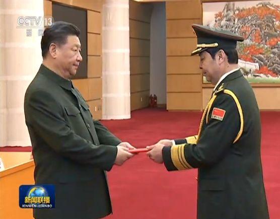 """""""高知将军"""" 他成中国最年轻上将"""