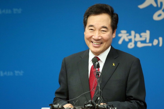 韩国现任总理李洛渊(《天地日报》)