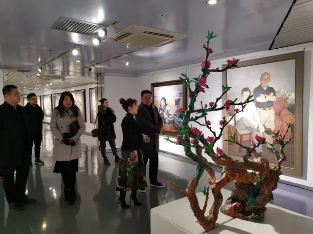 国际旅游岛商报社社长、海南海商报业集团董事长张越一行到访陕西文交所