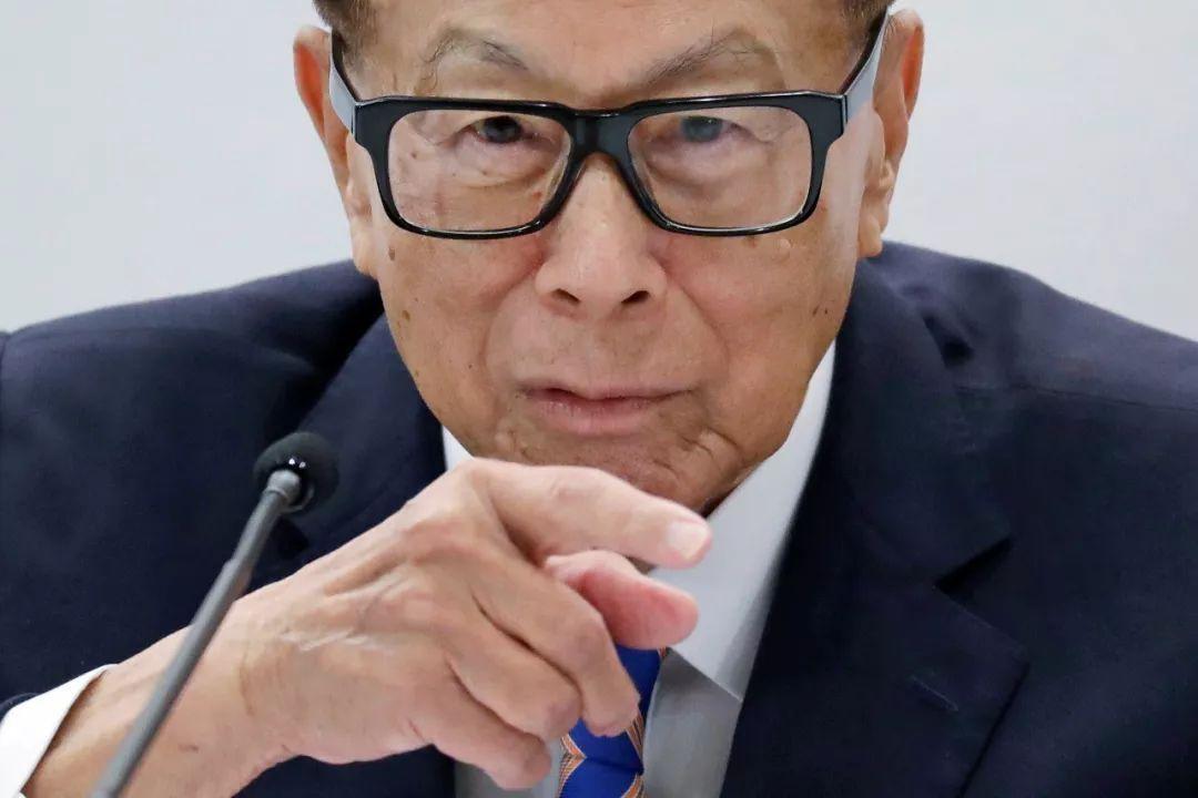 李嘉诚回归?24亿购国内地产项目 万科系运营2年退出