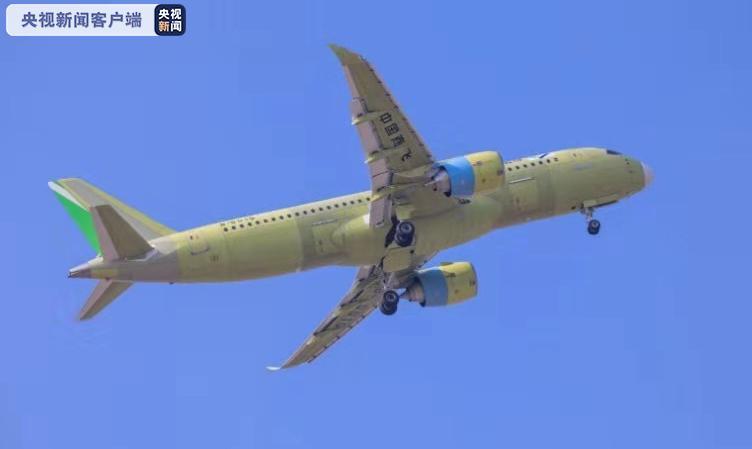 国产C919大型客机106架机完成首次飞行(图)