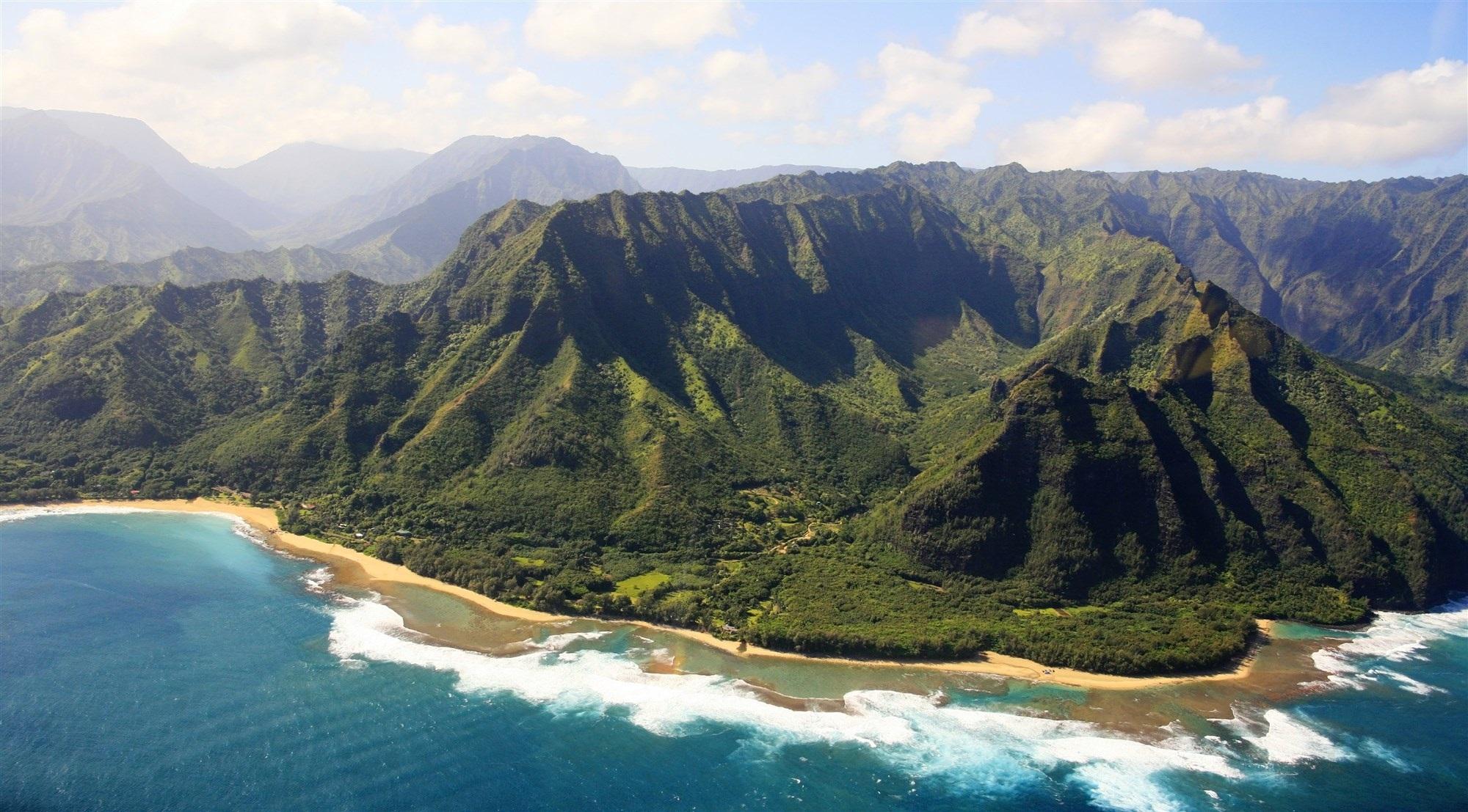 美國一架觀光直升機在夏威夷失蹤 機上共載有7人