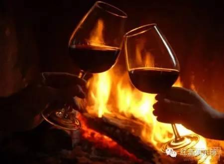 天气冷了,是时候喝这些葡萄酒了!