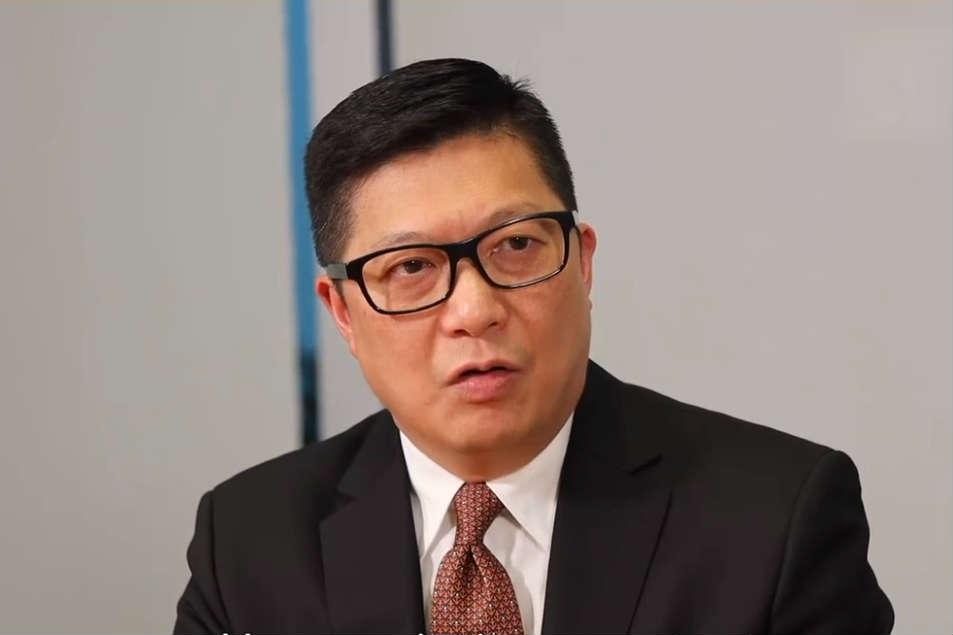 警务处处长邓炳强。(视频截图)