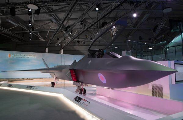 """资料图片:英国公开的""""暴风""""六代机概念模型。(英国国防部官网)"""