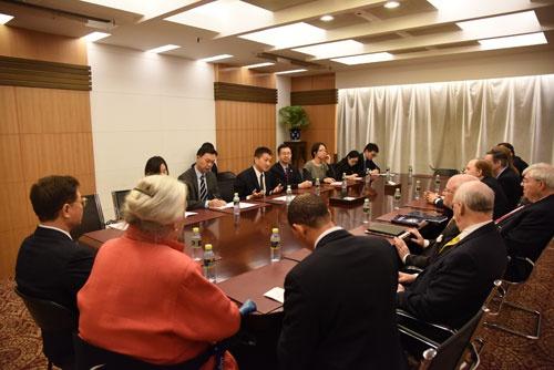外交部司长陆慷会见美国对外政策理事会代表团