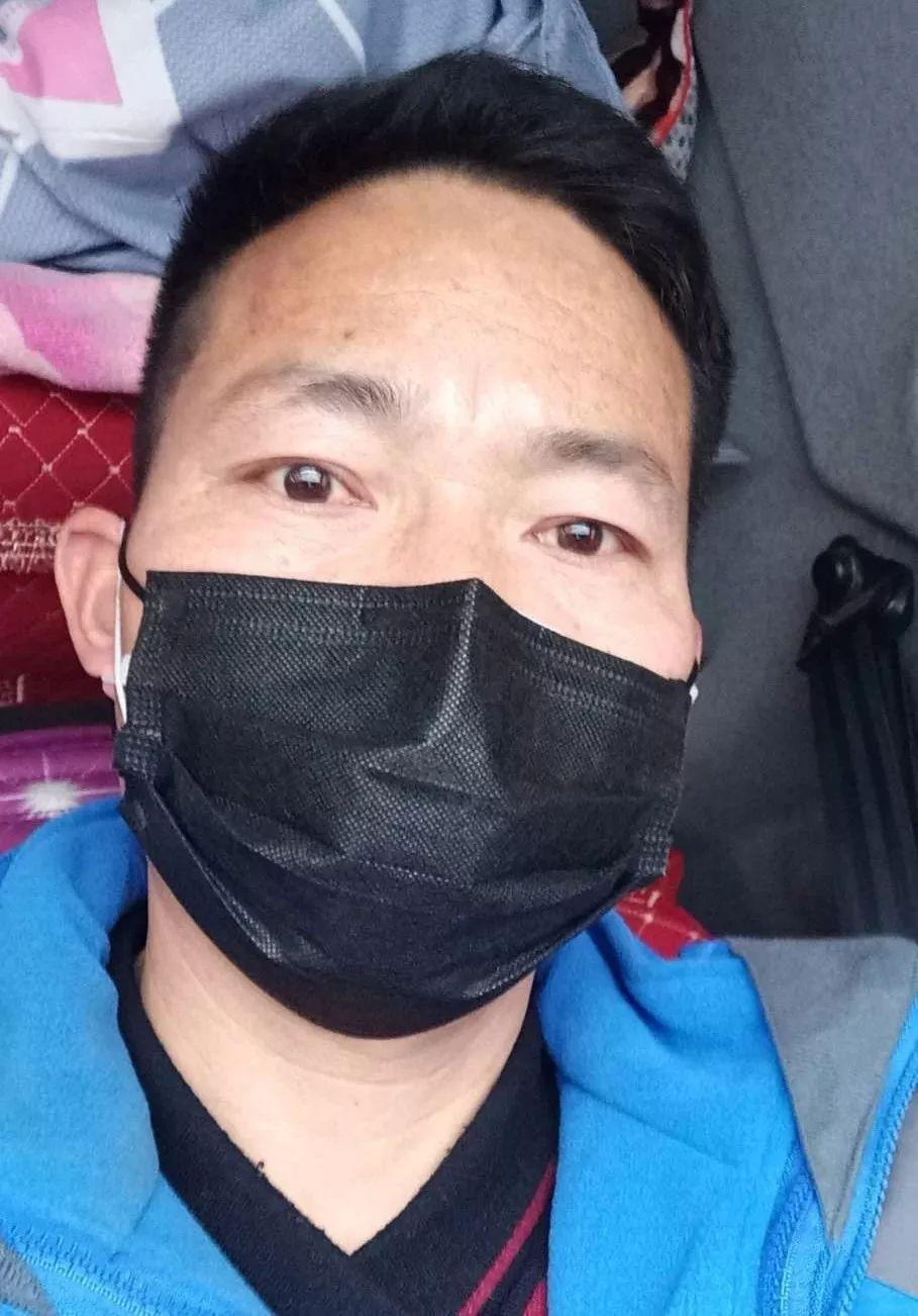 那些穿梭在武汉街头的司机(多图)