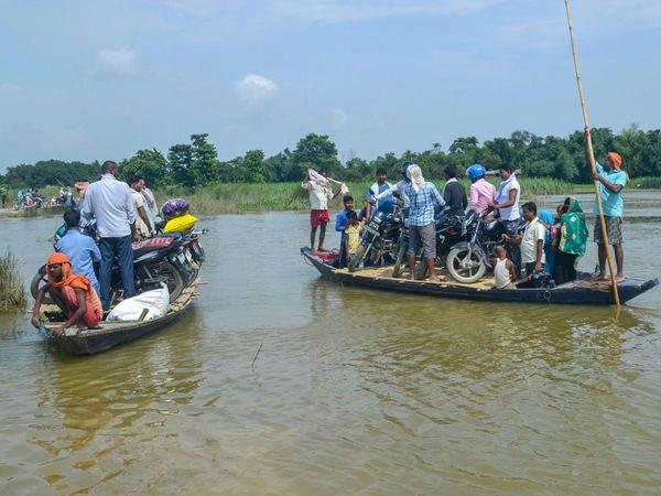 印度比哈邦洪灾已致21人死亡影响690