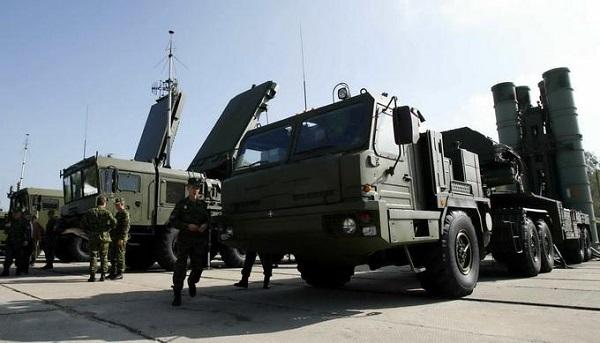 俄罗斯S400导弹体系 图片来源:新华社