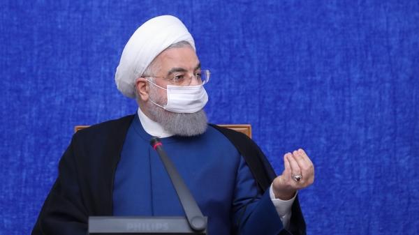 伊朗总统鲁哈尼:美国新一轮制裁是残酷、非人道的恐怖主义行径