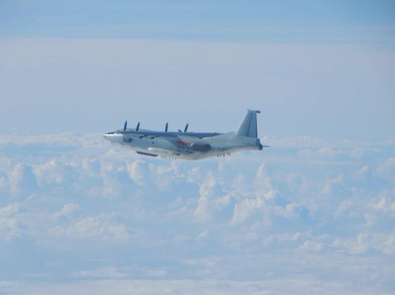 """台媒:大陆运8运9抵近台湾西南 可能是""""稀有""""高新机"""