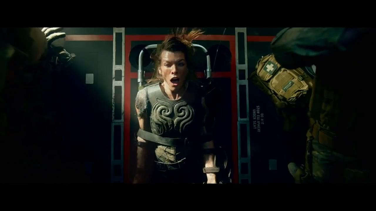 关键第4号女主角_《怪物猎人》电影16秒新片段 火龙袭击军用机|怪物猎人|米拉·乔 ...