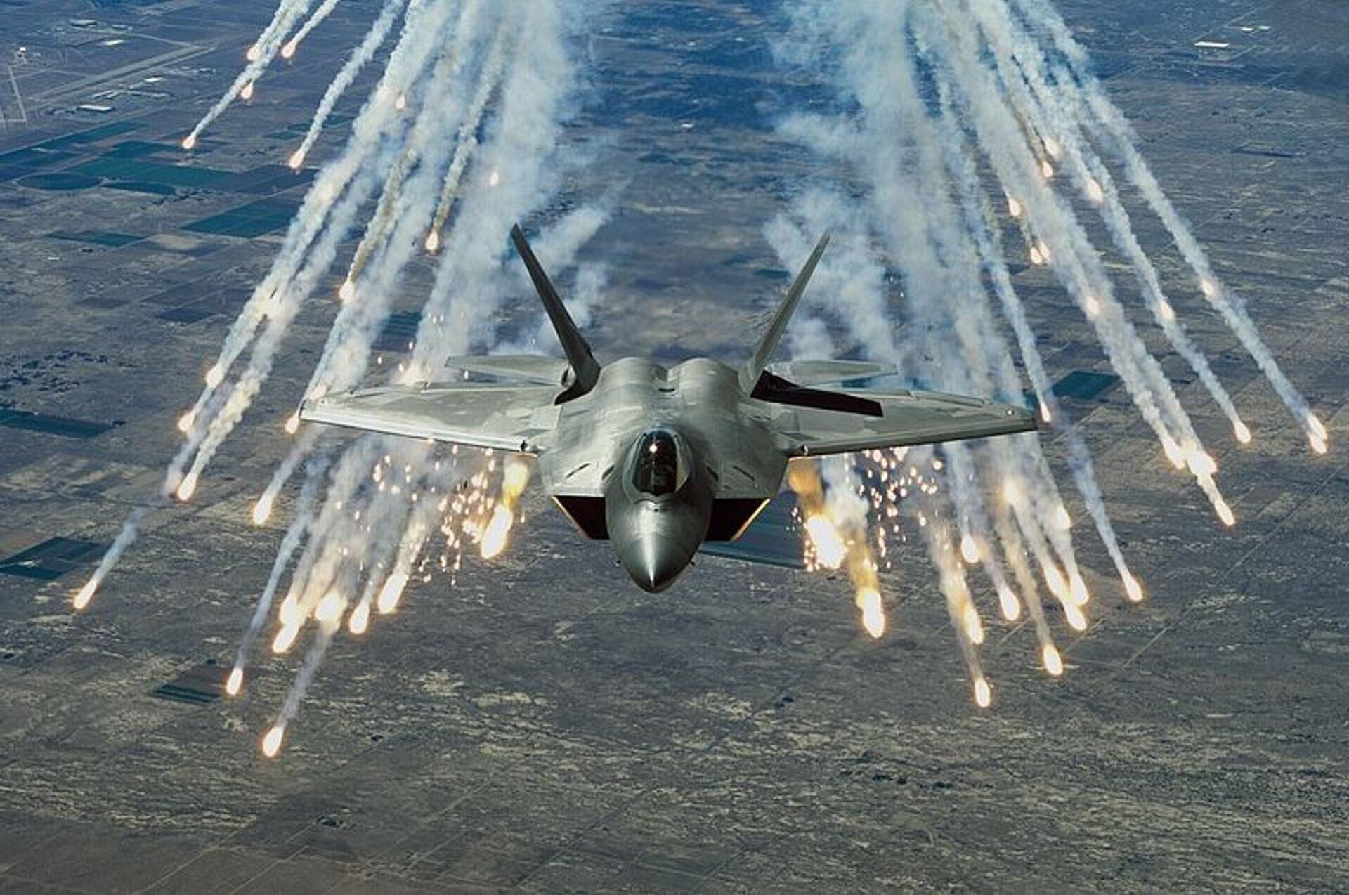 俄或售伊朗S400导弹 美开始担心其隐形战机会被击落