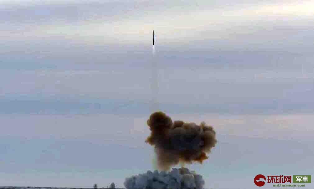 """俄防长透露俄军将在年底前再部署两套""""先锋""""导弹"""