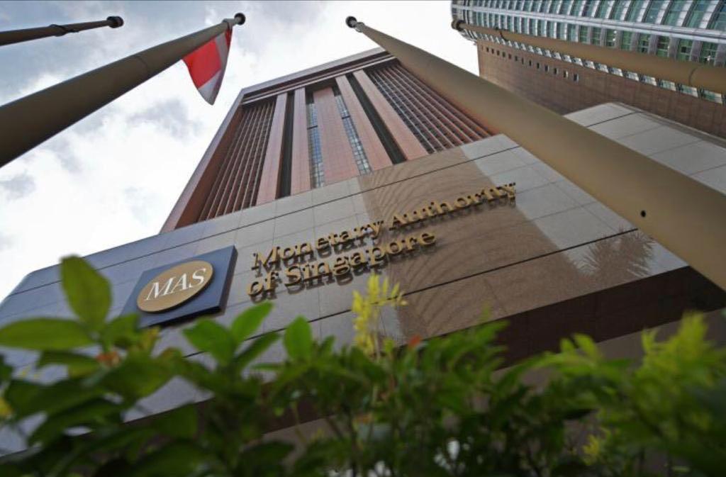 新加坡金管局维持宽松货币政策
