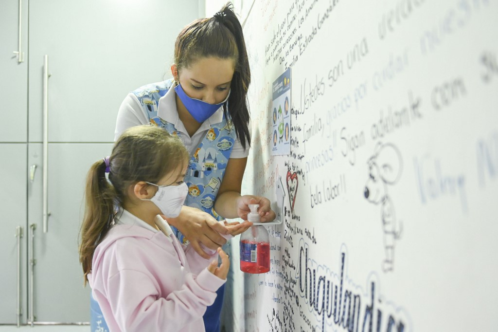 西班牙儿童误食洗手液中毒案例激增