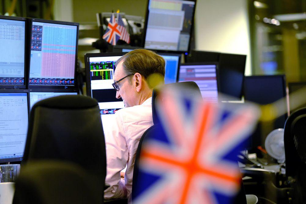 没有贸易协议了?约翰逊强势回应,英镑再度跳水