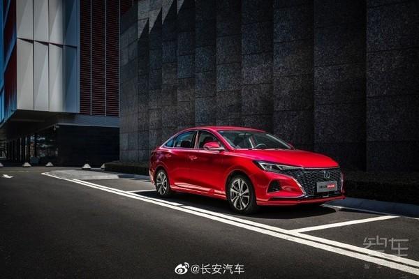 长安逸动PLUS销量破10万 官方解密新车受欢迎的原因
