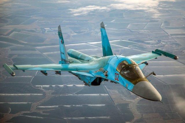 原料图:苏-34战斗轰炸机
