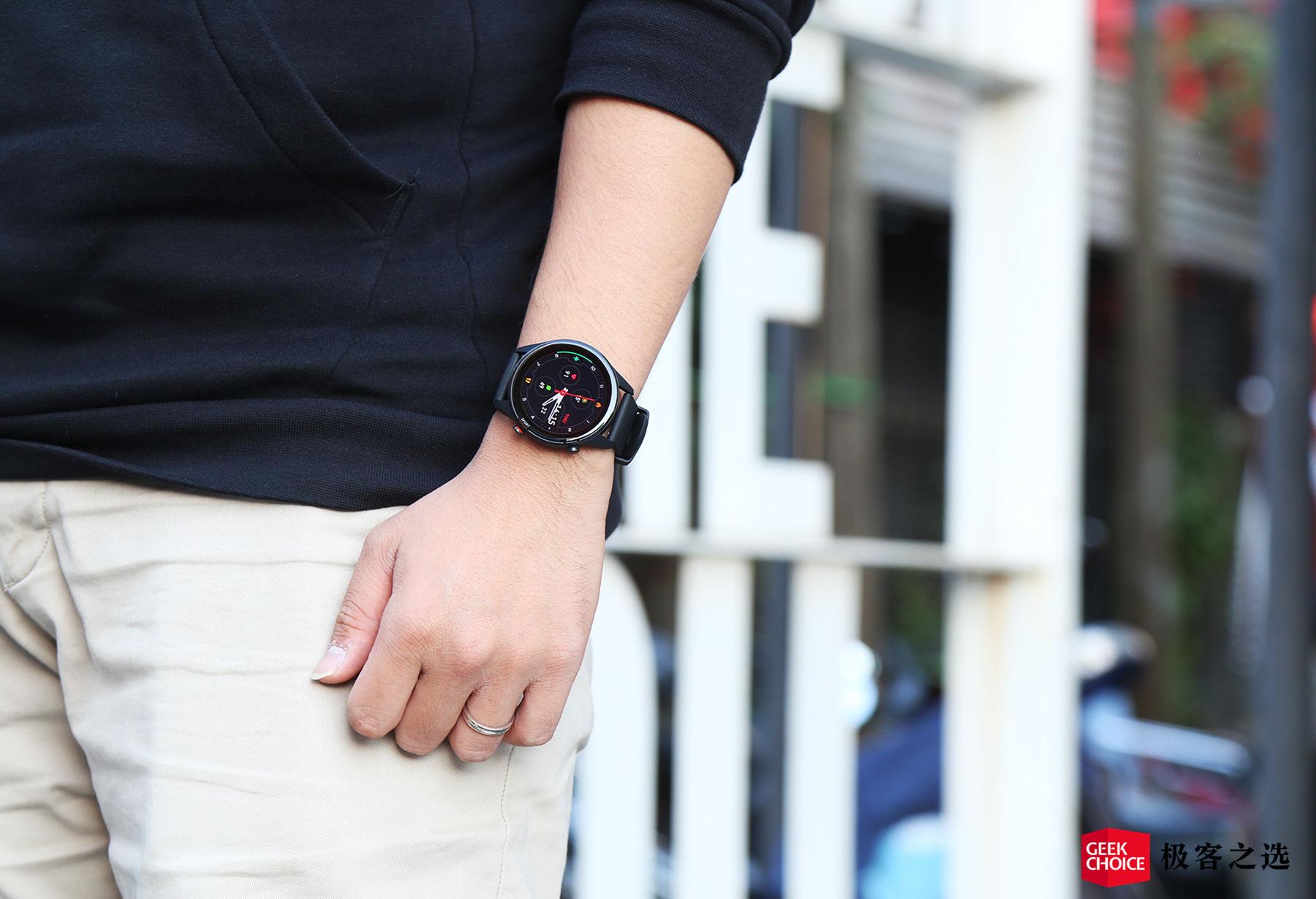 小米手表 Color 运动版开箱:增加血氧监测,117 种运动可选