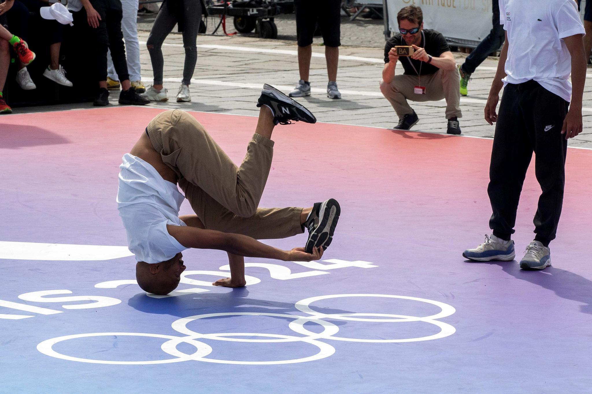 霹雳舞入奥迎开展关键 国际大赛更看重动作构思