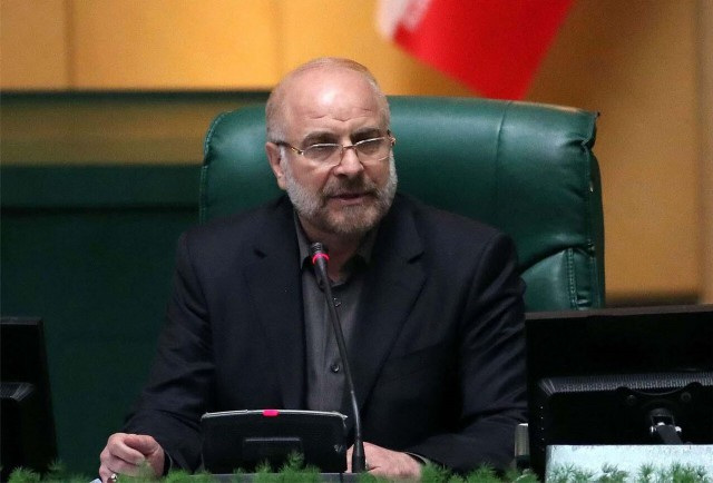 伊朗议会议长卡利巴夫确诊感染新冠病毒