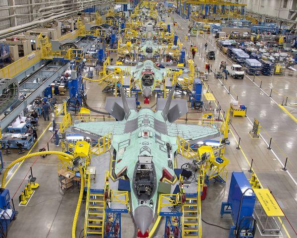 """美媒:F35""""全速生产期""""再遭推迟 实际已在大量采购"""