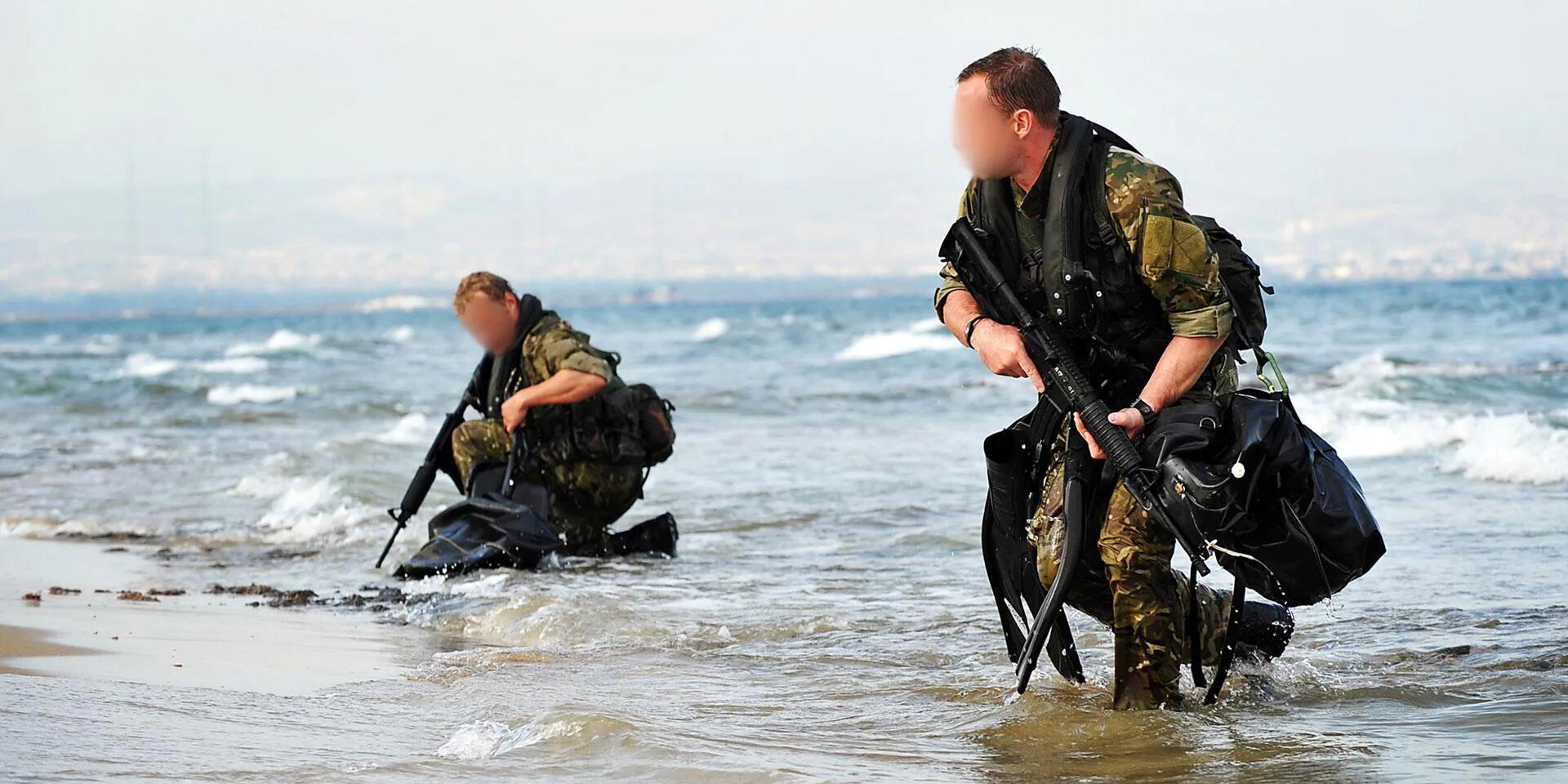 油轮在英吉利海峡被劫持 英军派SBS特种部队突袭解救