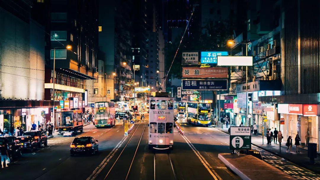 """香港""""网红""""乐园游客暴跌六成 申请100亿""""救命钱"""""""