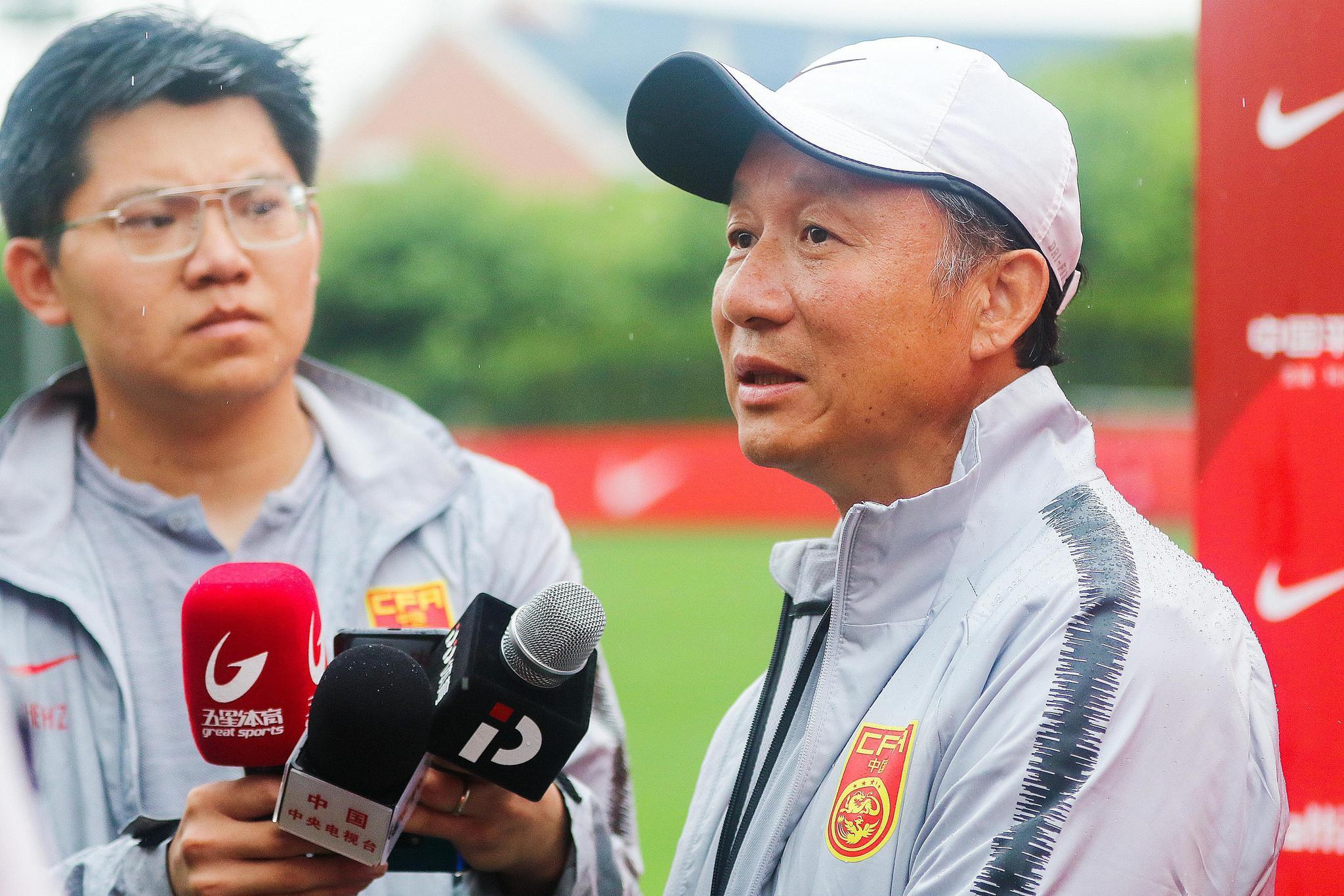成耀东和他的球队收成了中乙首胜