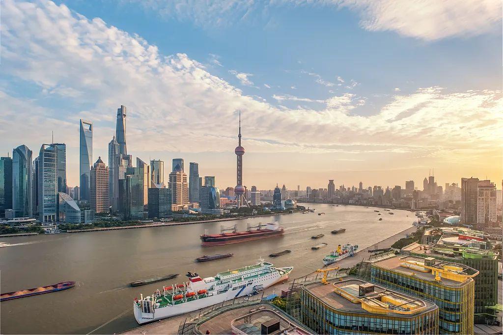 """2020年浦东新区gdp_中国经济站稳2020浦东30年沧桑巨变成为全球企业""""引力场"""""""