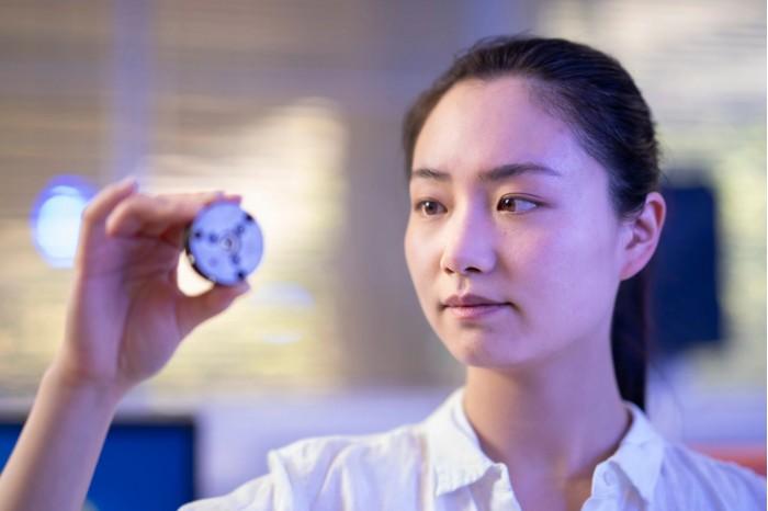 科学家在室温下几分钟内创造出钻石