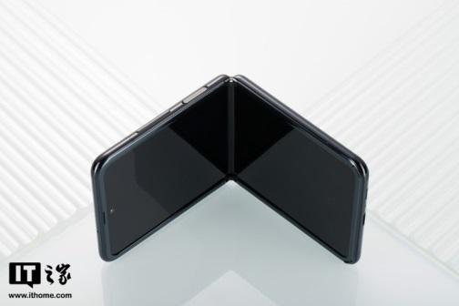 ▲Samsung Galaxy Z Flip