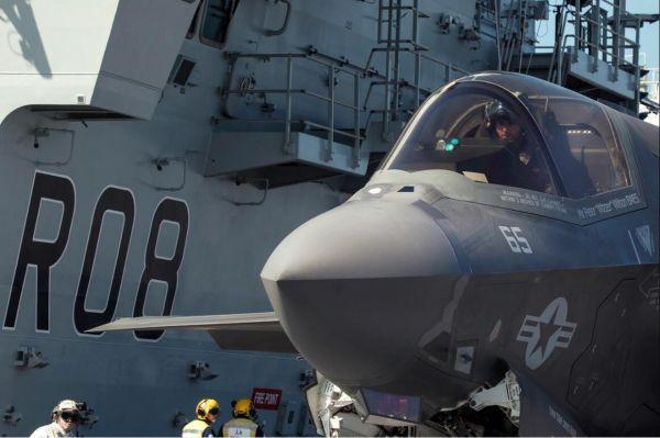 """美媒:英国增加防务开支""""向美示好""""意味浓厚"""