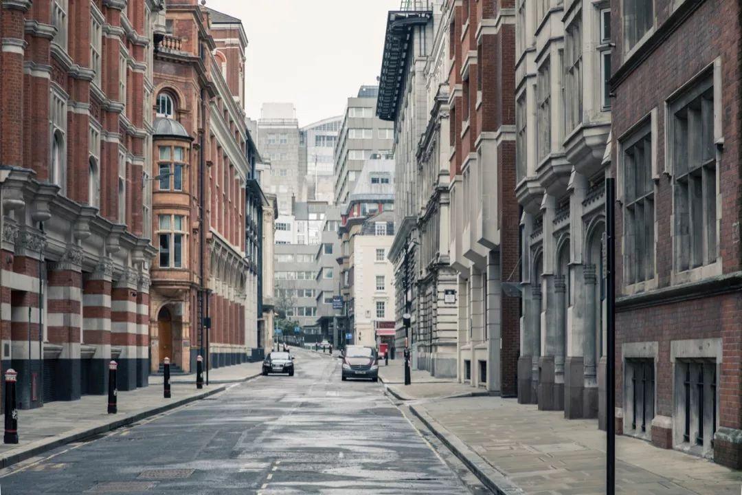 中国富豪张松桥18亿买下伦敦超级豪宅 卧室就有45个