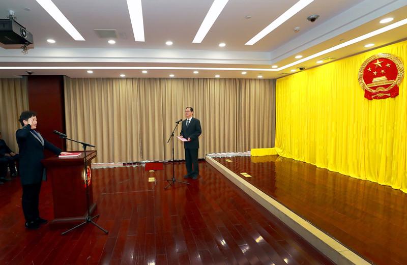 江西省監委舉行憲法宣誓儀式圖片