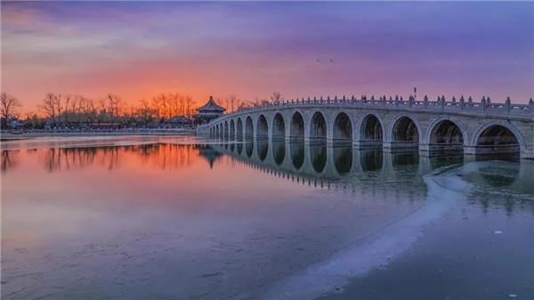 [河北]京雄高速仿颐和园造型十七连拱桥主拱圈合龙(图)