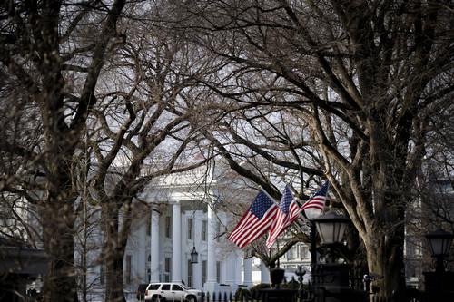 这是1月8日在美国华盛顿拍摄的白宫。新华社记者 刘杰 摄