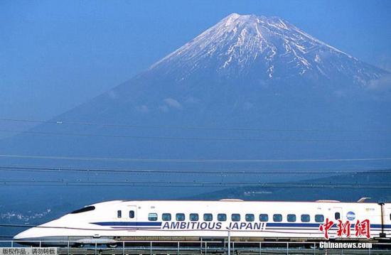 缺雪!日本札幌冰雪节遇难题