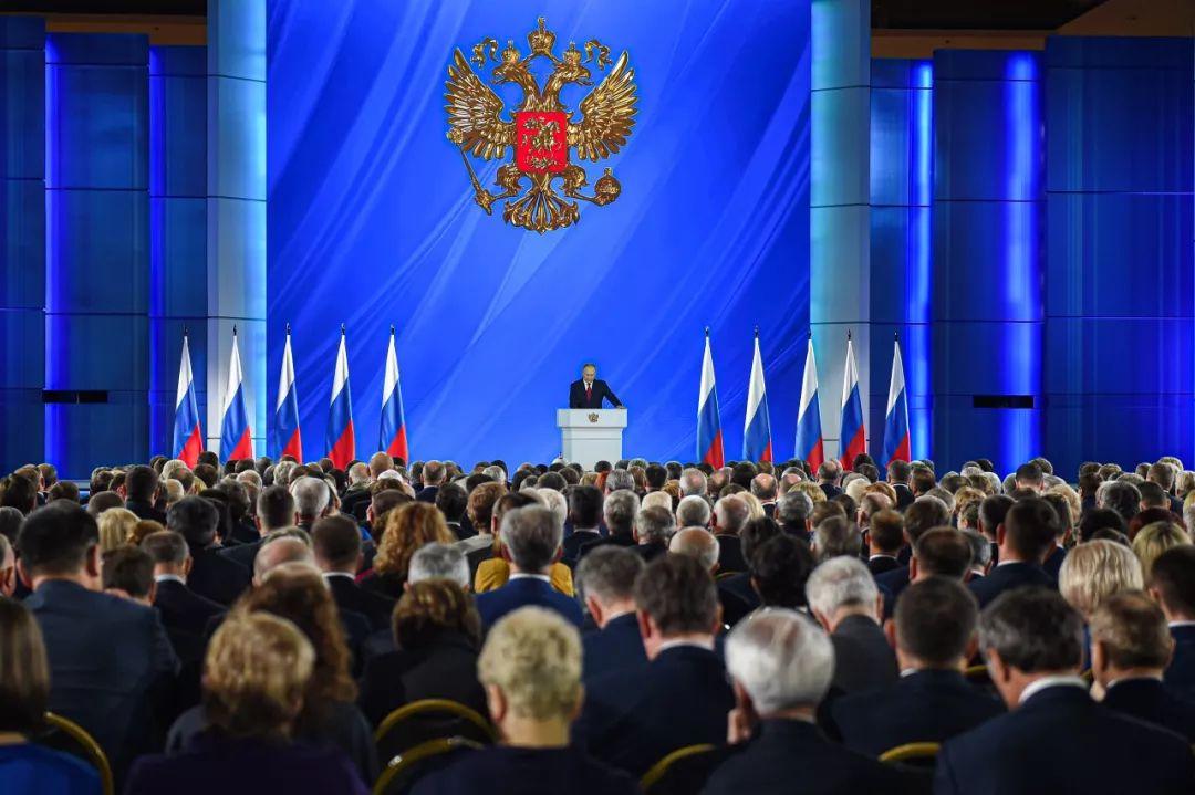 1月15日,在俄罗斯首都莫斯科,俄总统普京向议会上下两院发表国情咨文。新华社发(叶甫盖尼·西尼岑摄)