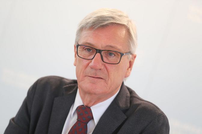奥地利萨尔茨堡市长新冠病毒检测呈阳性