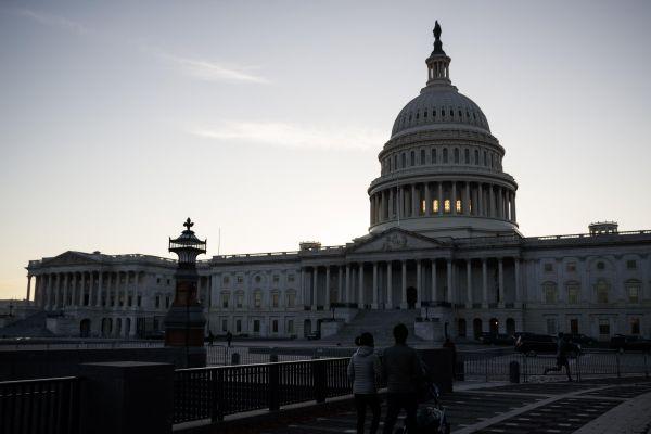 在美国华盛顿拍摄的国会大厦。(新华社)