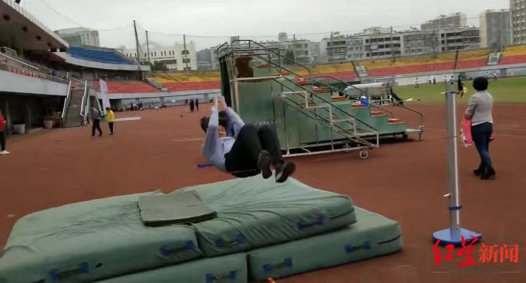 ▲云南,正在进走体育训练的孩子们