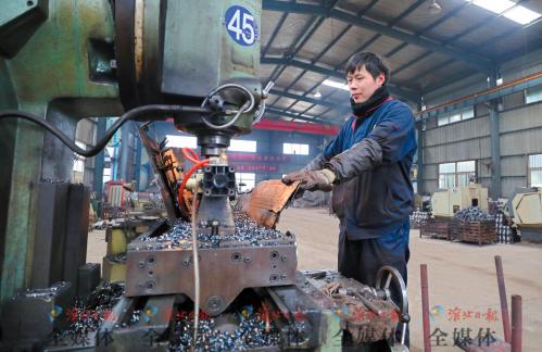 勇立潮头铸辉煌——淮北林光钻探机电工程有限公司发展纪实