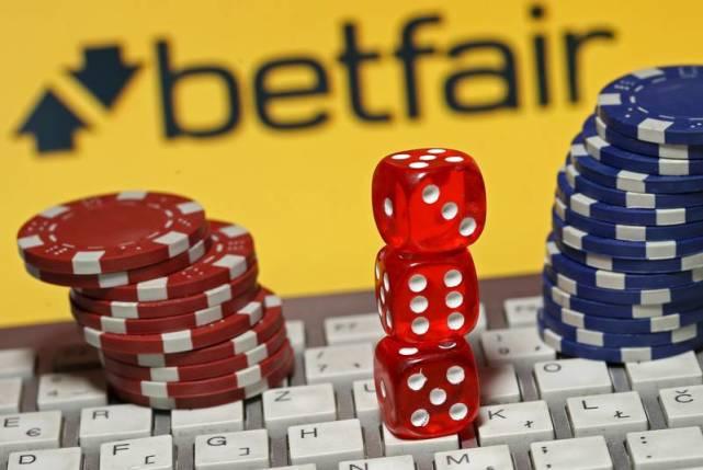 下注特朗普胜选赌客损失惨重,将起诉赌博网站