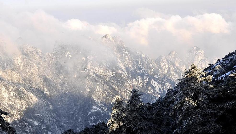 零下18.3度!黄山风景区多举措应对寒潮确保游览安全