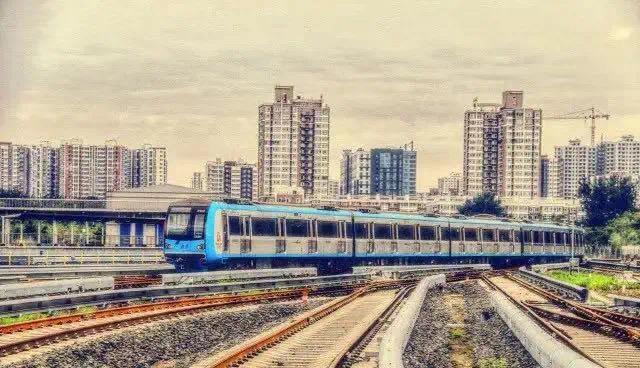 △北京地铁10号线