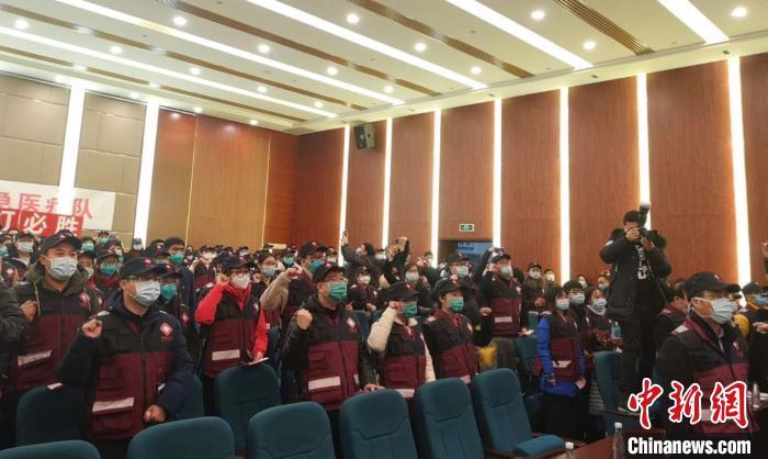 联通胡博:截至11月北京已建设了14000多个基站