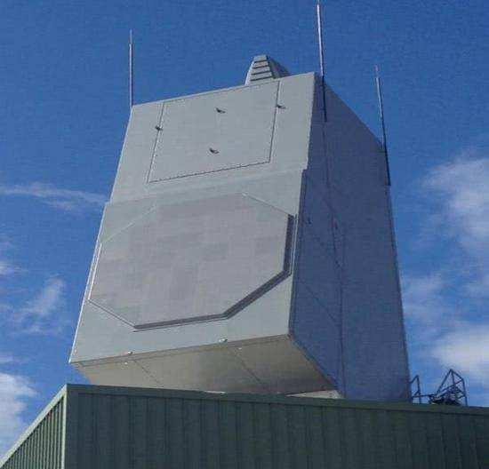 在陆上查验的AN/SPY-6雷达,只需一个阵面