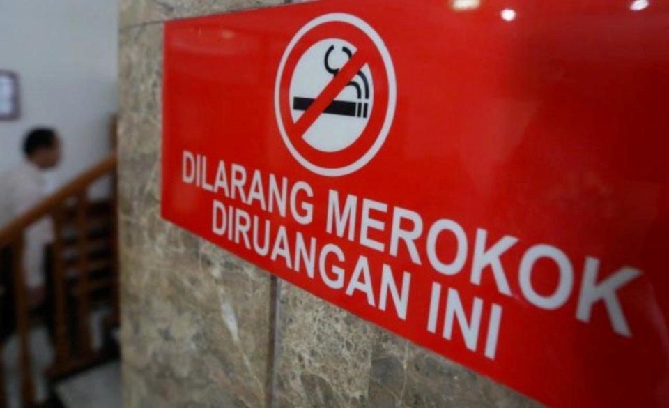 马来西亚新年开罚:首日开出600多张违反禁烟令罚单